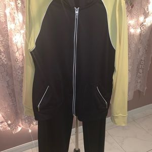 BNWOT  Style and company sport outfit